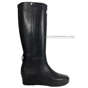 10e34f018a7fd Hunter Shoes | Classic Women Andora Wedge Rubber Rain Boot | Poshmark